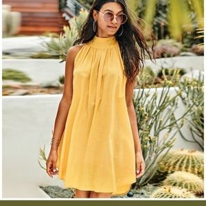 Cupshe high necked dress